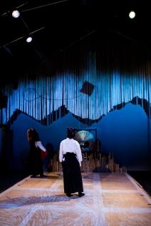 Usage Yojimbo at the Southwark Playhouse